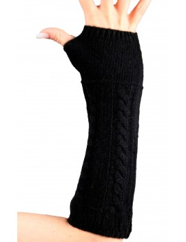 Cashmere sleeve with thumb